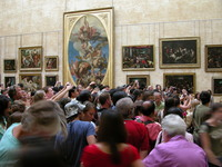 Looking at the Mona Lisa