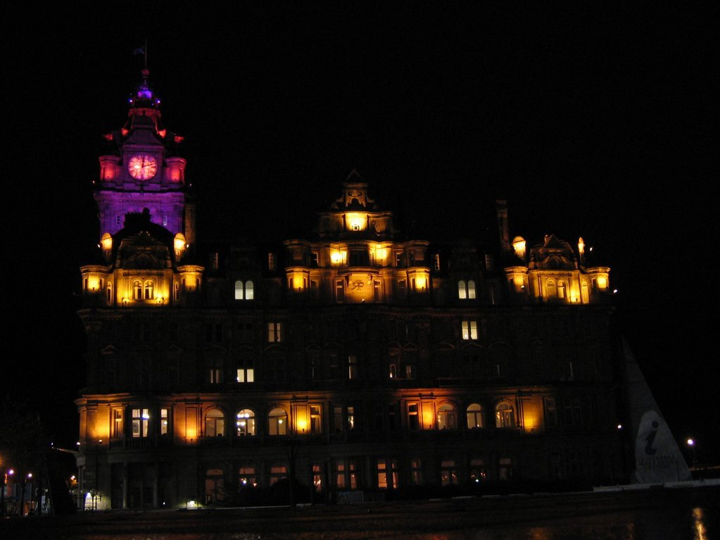 Balmoral Hotel at night