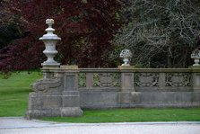 Detail of a fence at The Breakers