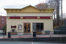 Del Raye Bar & Grill
