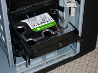 Tool free disk trays