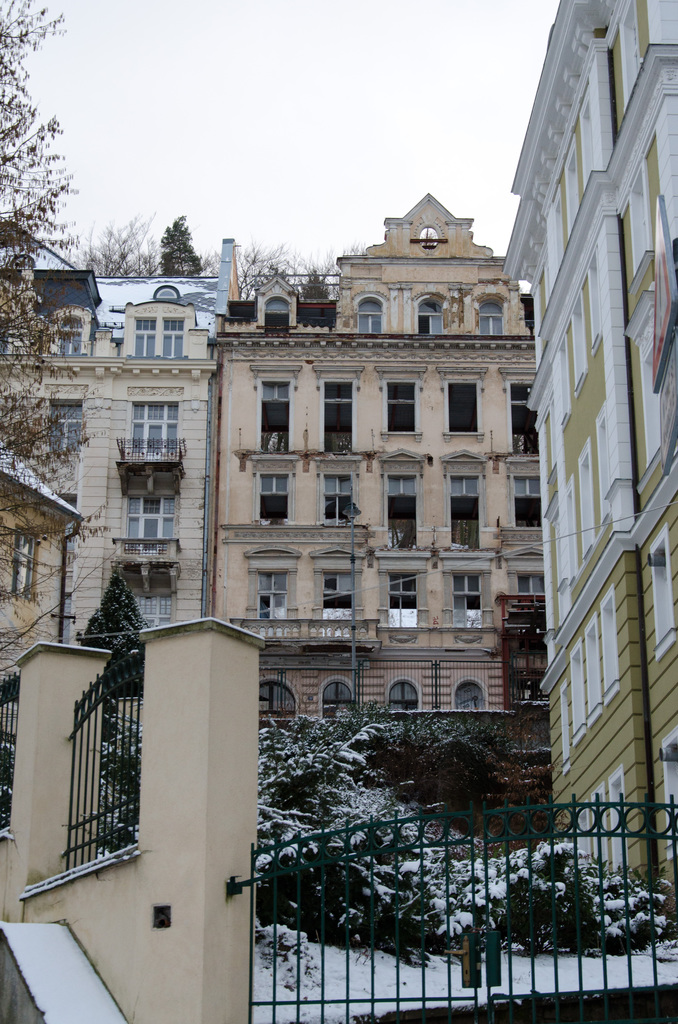 Drafty digs in Karlovy Vary