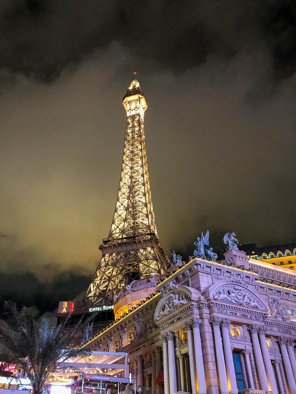 Faux Eiffel